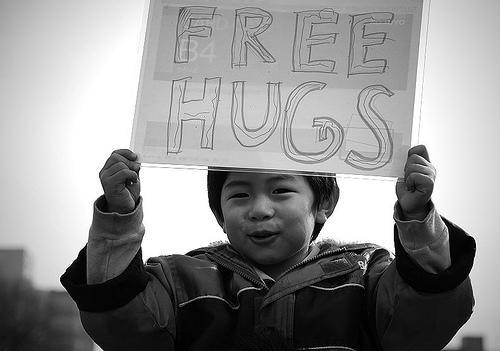 free-hugs406623767_850e9146c3.jpg